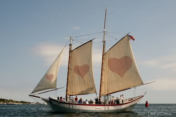 Schooner Ardelle turns into the love boat for date night!