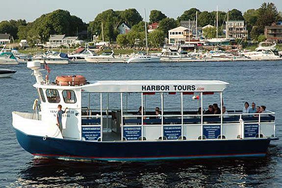 Explore the Merrimack River estuary aboard the Oceanography Ecology Cruise